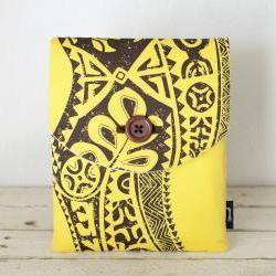 iPad Case - Tiki Fiji Yellow Brown - Padded with Pocket